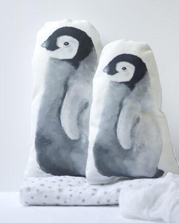 cojín bebé pingüino