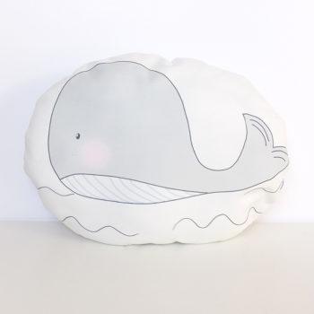 cojín ballena gris
