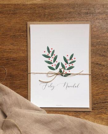 Felicitación navideña modelo ACEBO. Una ilustración de unas ramitas de acebo. Incluye sobre. Tamaño 15x21cms