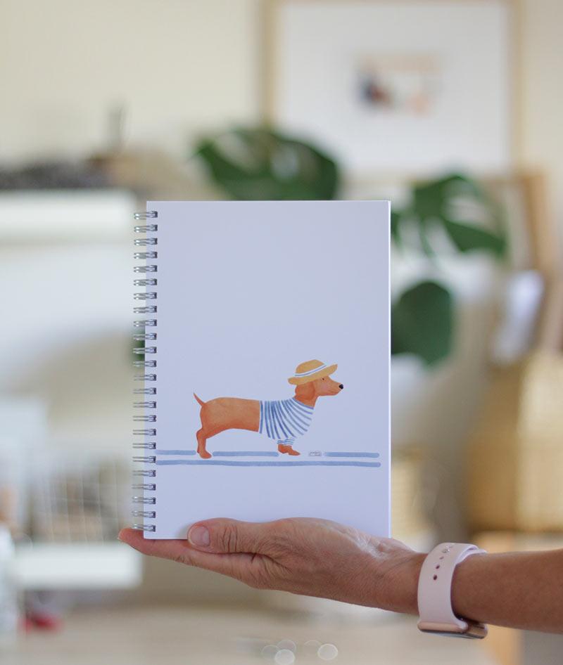 cuaderno-perro-salchicha-2